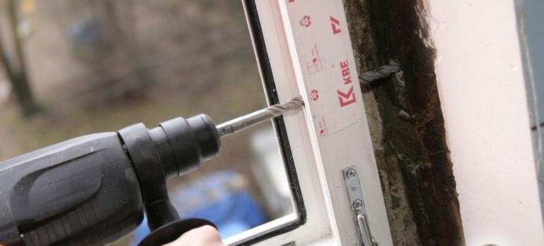 Как установить окно пластиковое