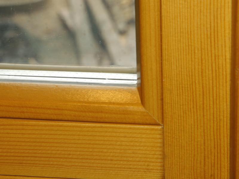 Из какого дерева делают окна сосна